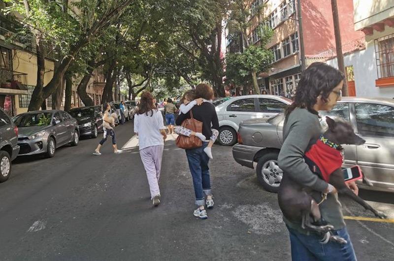 México: Sismo de 7.5 grados remeció la capital y zonas cercanas