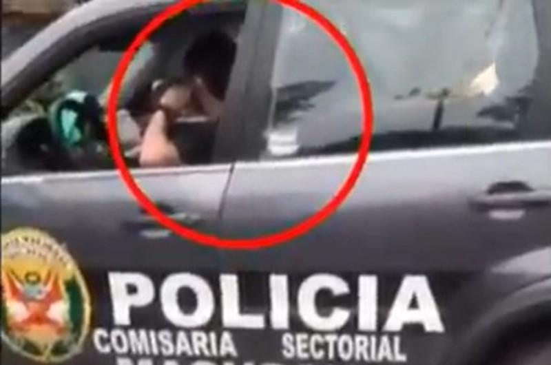 Puno: Policías son sorprendidos tomando licor junto a mujeres
