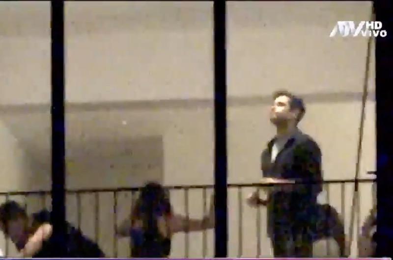Graban a Jesús Neyra bailando cariñosamente con desconocida en departamento