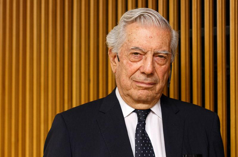 Mario Vargas Llosa se suma a campaña que busca donar oxígeno a personas con COVID-19