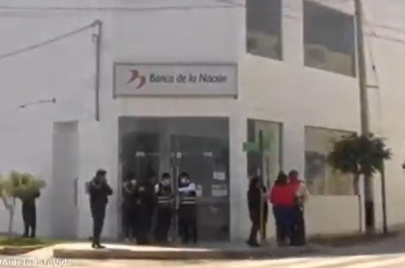 'Marcas' desataron balacera tras robar 30 mil Soles de banco en Pisco