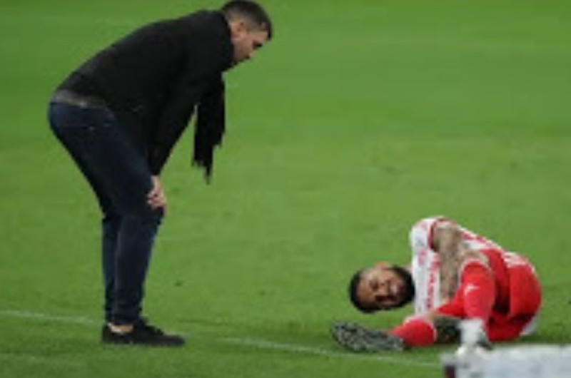 Paolo Guerrero será operado tras sufrir grave lesión en la rodilla