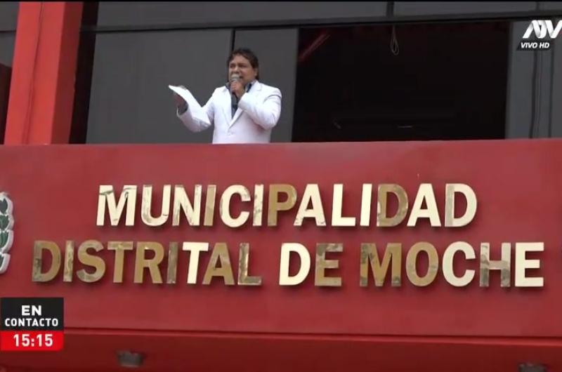 Alcalde de Moche realizó balconazo contra la cuarentena focalizada