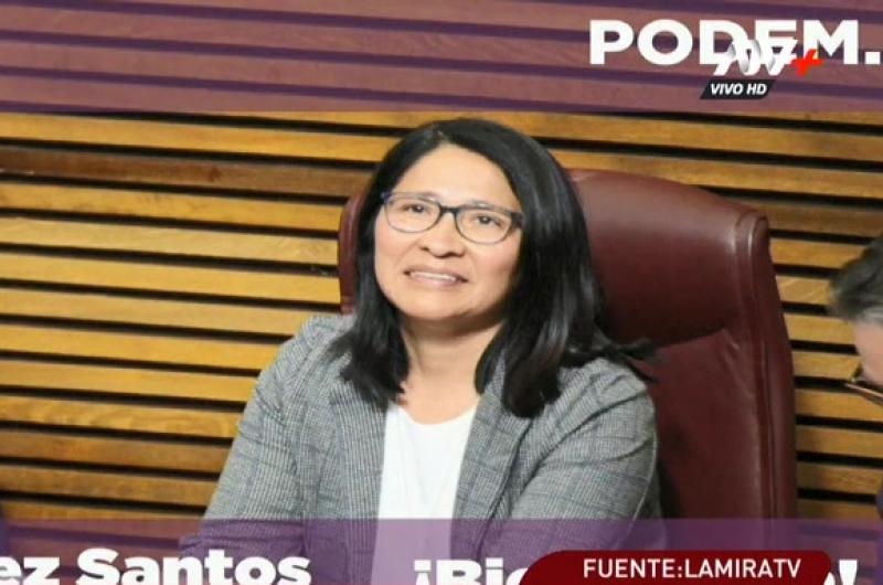 Inmigrante peruana juramentó como diputada en España
