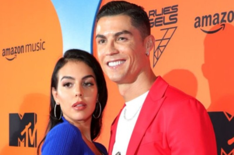 Cristiano Ronaldo celebra con romántico detalle su amor a Georgina Rodríguez