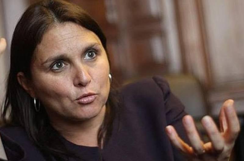 Exministra Pérez Tello se pronuncia por hacinamiento elevado pese a bajar población penitenciaria