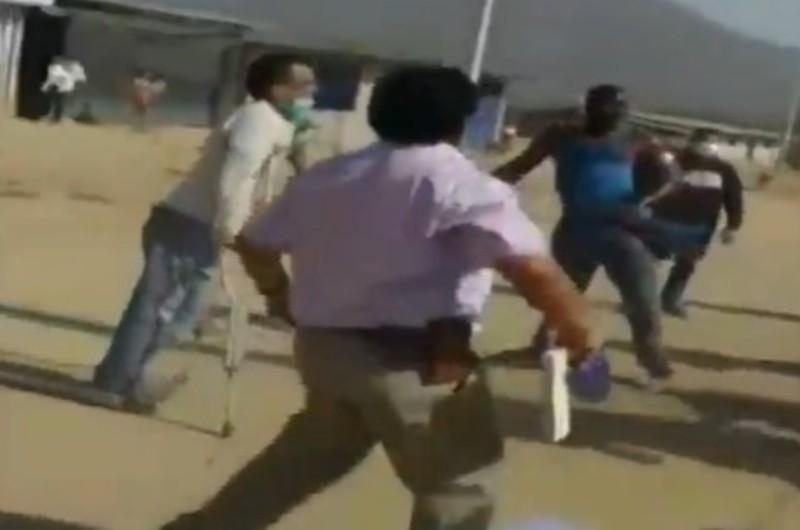 Chiclayo: Familia se enfrenta a autoridades para evitar desalojo