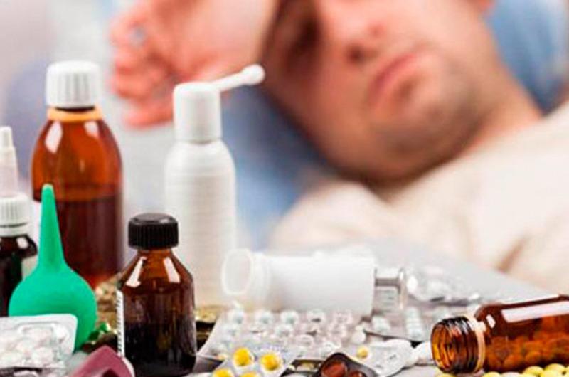 EsSalud advierte sobre los peligros de la automedicación