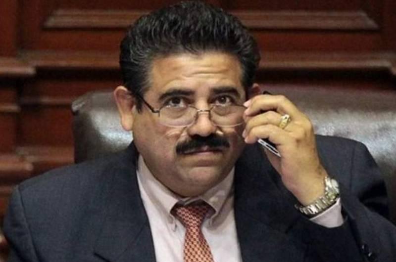 Manuel Merino pidió disculpas a las FF.AA. por llamadas y rechazó estar detrás de un complot